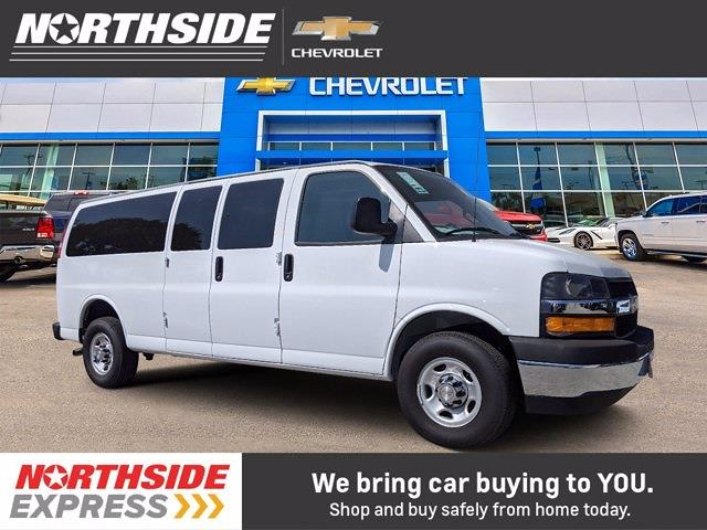 2020 Chevrolet Express 3500 4x2, Passenger Wagon #231357 - photo 1
