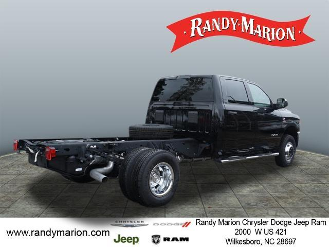 2020 Ram 3500 Crew Cab DRW 4x4, Cab Chassis #RM512 - photo 1