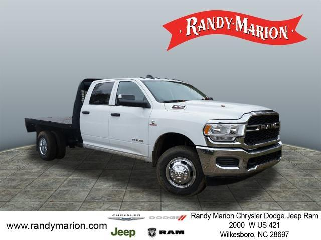 2020 Ram 3500 Crew Cab DRW 4x2, Knapheide Platform Body #RM741 - photo 1