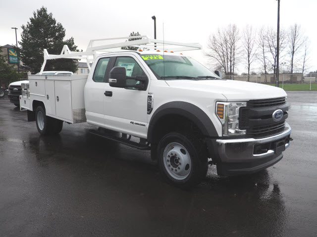 2019 F-450 Super Cab DRW 4x4, Scelzi SEC Combo Body #219402 - photo 3