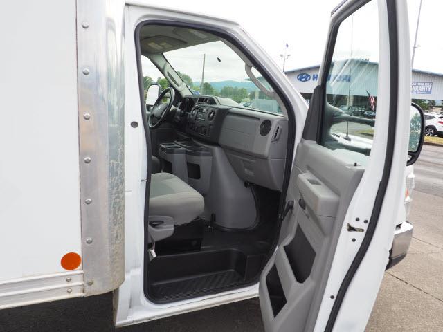 2016 Ford E-450 4x2, Cutaway Van #91-10064 - photo 7