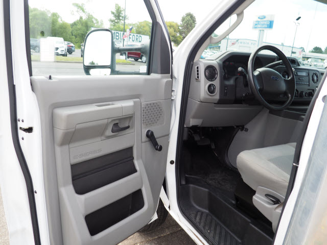 2016 Ford E-450 4x2, Cutaway Van #91-10064 - photo 10