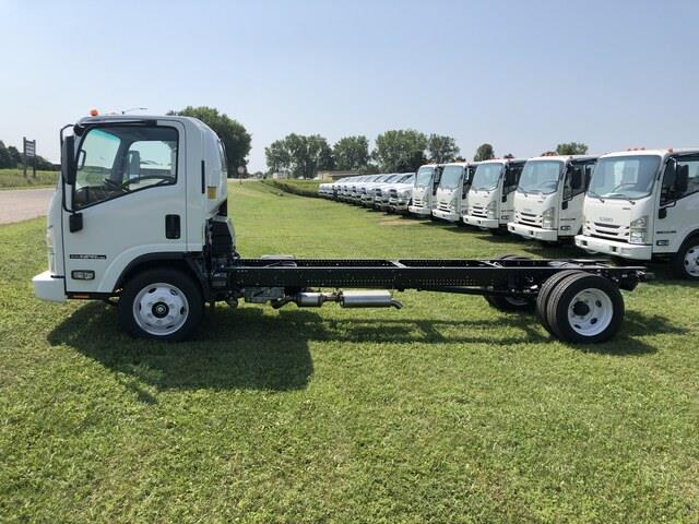 2020 Isuzu NPR-HD Regular Cab 4x2, Cab Chassis #FE204843 - photo 8