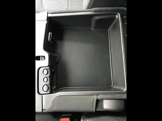 2020 Ram 5500 Regular Cab DRW 4x4, Cab Chassis #1133-20 - photo 36