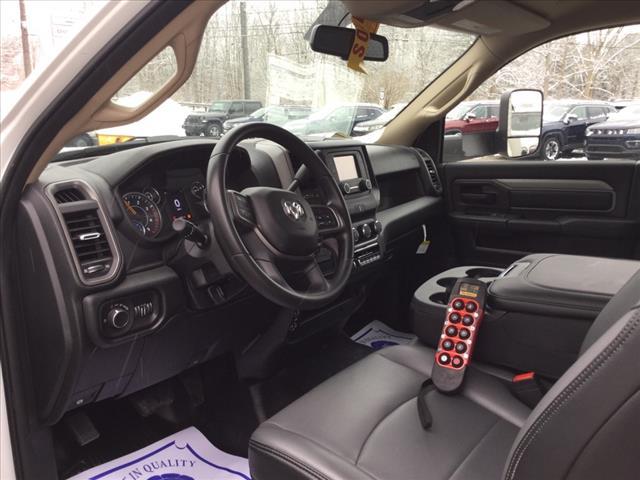 2020 Ram 5500 Regular Cab DRW 4x4, Reading Mechanics Body #1140-20 - photo 5