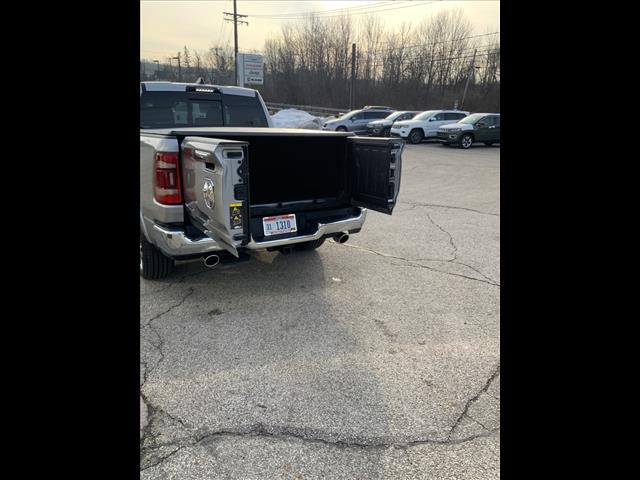 2021 Ram 1500 Crew Cab 4x4, Pickup #231-21 - photo 8