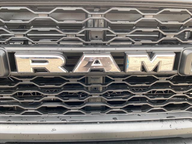 2020 Ram 5500 Regular Cab DRW 4x4, Dump Body #457-20 - photo 6