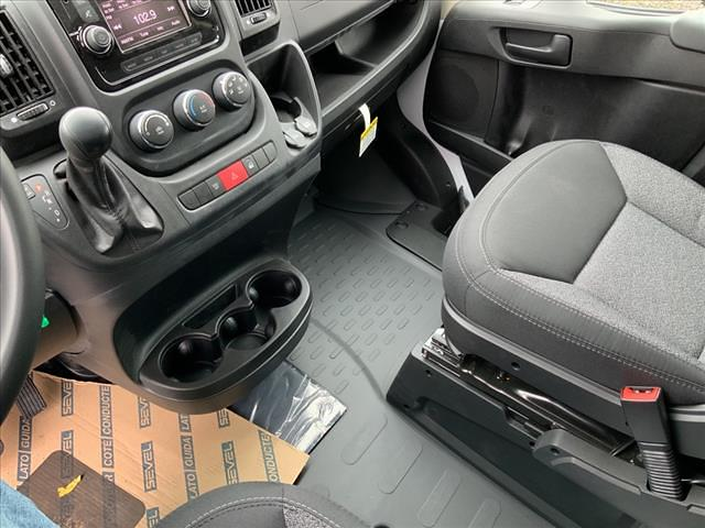 2021 Ram ProMaster 3500 FWD, Cutaway #590-21 - photo 29