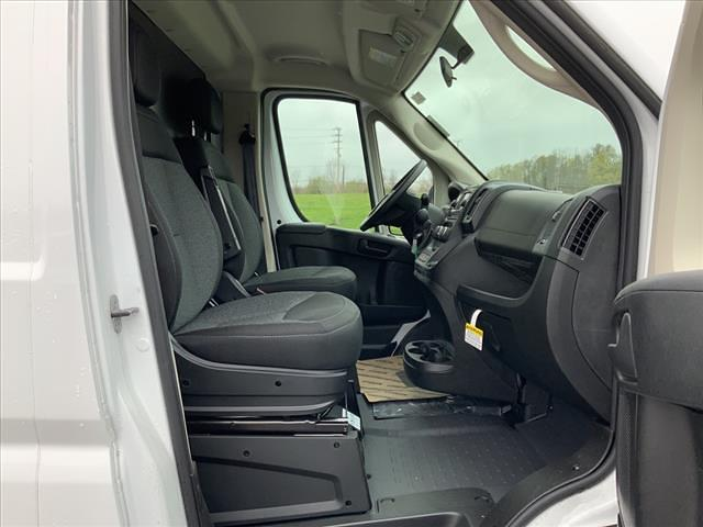 2021 Ram ProMaster 3500 FWD, Cutaway #590-21 - photo 31