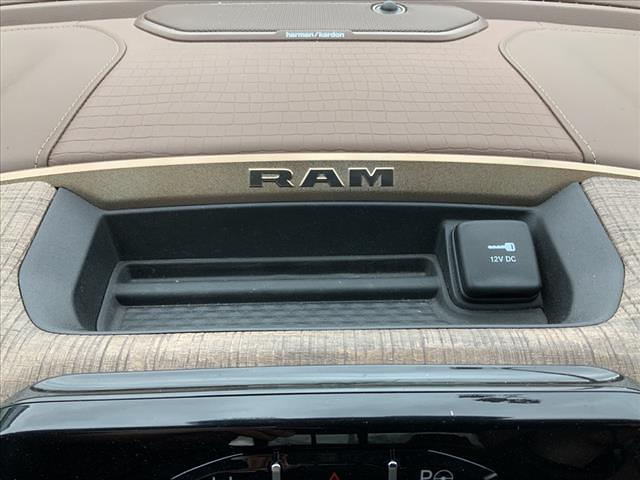 2019 Ram 1500 Crew Cab 4x4, Pickup #610587K - photo 29