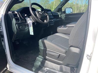 2021 Ram 5500 Regular Cab DRW 4x4, Cab Chassis #729-21 - photo 14