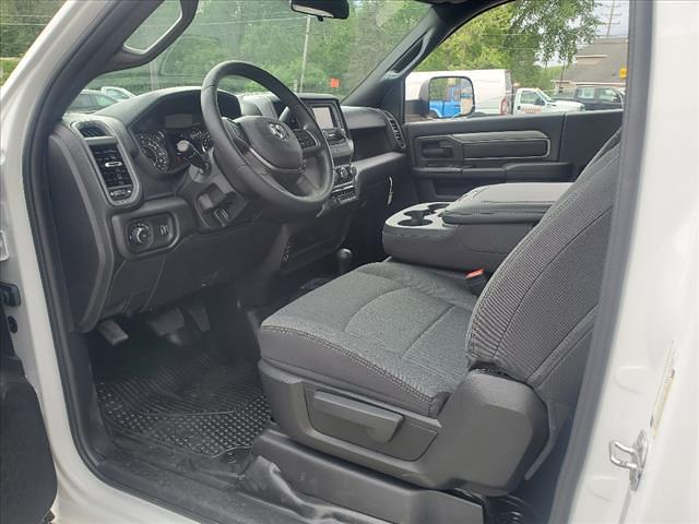 2021 Ram 5500 Regular Cab DRW 4x4, Cab Chassis #841-21 - photo 12