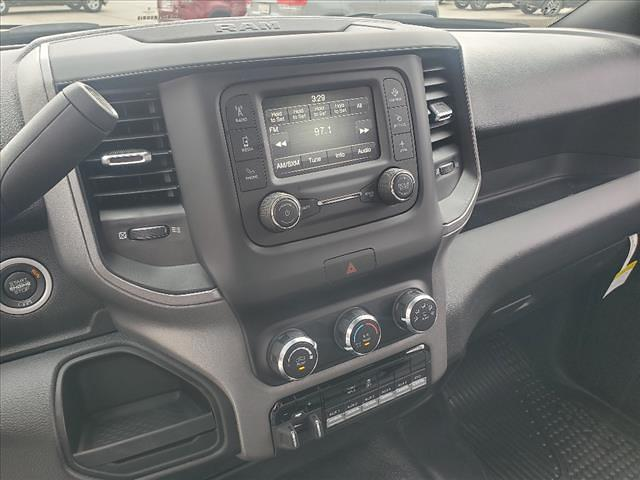 2021 Ram 5500 Regular Cab DRW 4x4, Cab Chassis #841-21 - photo 23