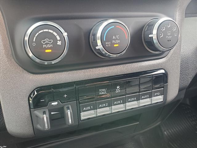 2021 Ram 5500 Regular Cab DRW 4x4,  Galion 100U Dump Body #841-21 - photo 26