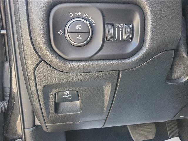 2019 Ram 1500 Quad Cab 4x4,  Pickup #890566K - photo 19