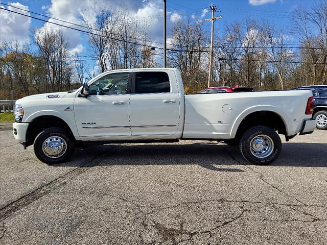2020 Ram 3500 Crew Cab DRW 4x4, Pickup #991-20 - photo 2