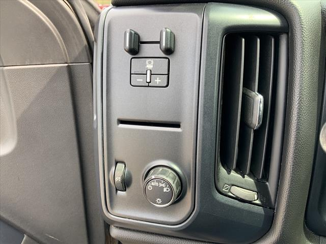 2017 GMC Sierra 3500 Regular Cab 4x4, Pickup #B265983H - photo 11