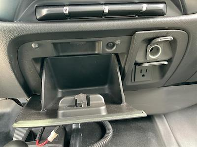 2017 GMC Sierra 3500 Regular Cab 4x4, Pickup #B265983H - photo 17