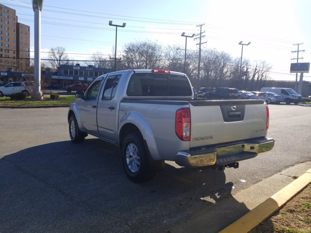 2014 Nissan Frontier 4x4, Pickup #L1547B - photo 2