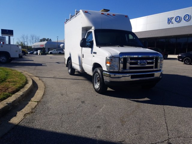 2013 Ford E-350 4x2, Cutaway Van #L1708A - photo 4