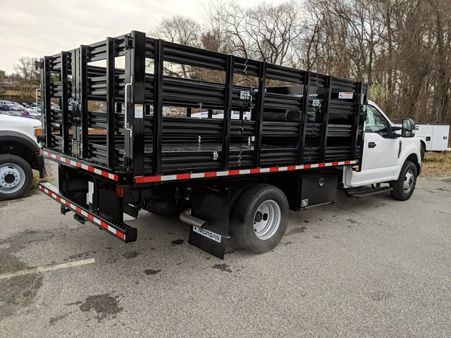 2020 Ford F-350 Regular Cab DRW 4x2, Stake Bed #L2111 - photo 6