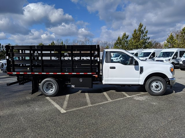 2021 Ford F-350 Regular Cab DRW 4x2, Stake Bed #M1172 - photo 5