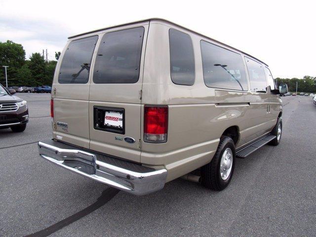 2014 Ford E-350 RWD, Passenger Wagon #0992200 - photo 1
