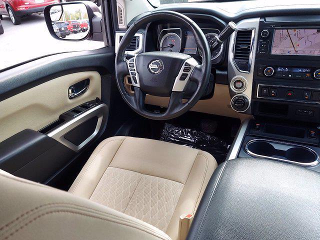 2019 Nissan Titan Crew Cab 4x4, Pickup #1991510 - photo 14