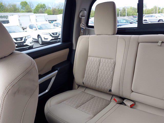 2019 Nissan Titan Crew Cab 4x4, Pickup #1991510 - photo 19
