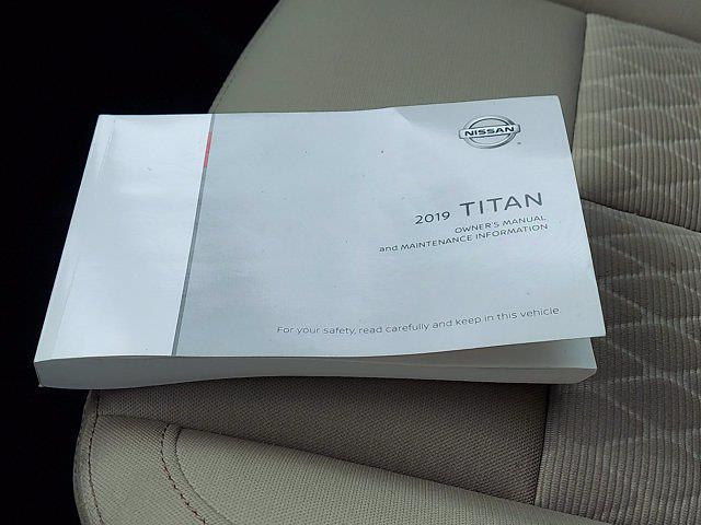 2019 Nissan Titan Crew Cab 4x4, Pickup #1991510 - photo 27