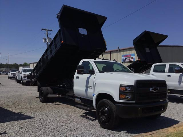 2020 Silverado 5500 Regular Cab DRW 4x2,  PJ's Truck Bodies Landscape Dump #26323 - photo 5