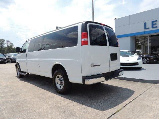 2018 Chevrolet Express 3500 4x2, Passenger Wagon #7652P - photo 1