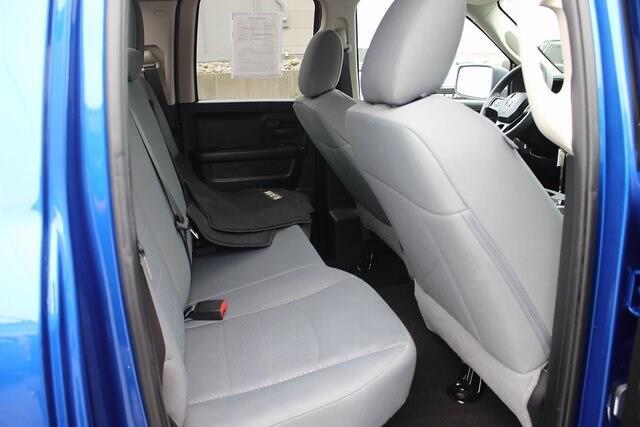 2018 Ram 1500 Quad Cab 4x4,  Pickup #RU1013 - photo 24