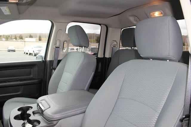 2019 Ram 1500 Quad Cab 4x4, Pickup #RU917 - photo 19