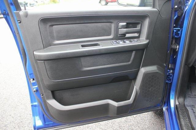 2019 Ram 1500 Quad Cab 4x4, Pickup #RU941 - photo 17