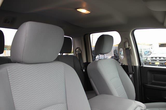 2019 Ram 1500 Quad Cab 4x4, Pickup #RU941 - photo 27