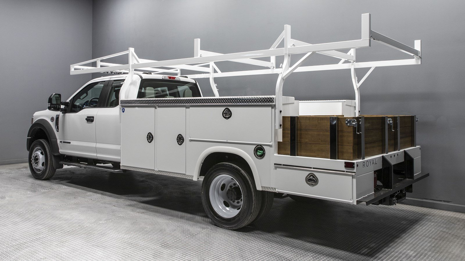 2020 Ford F-550 Super Cab DRW 4x2, Royal Combo Body #01301 - photo 1