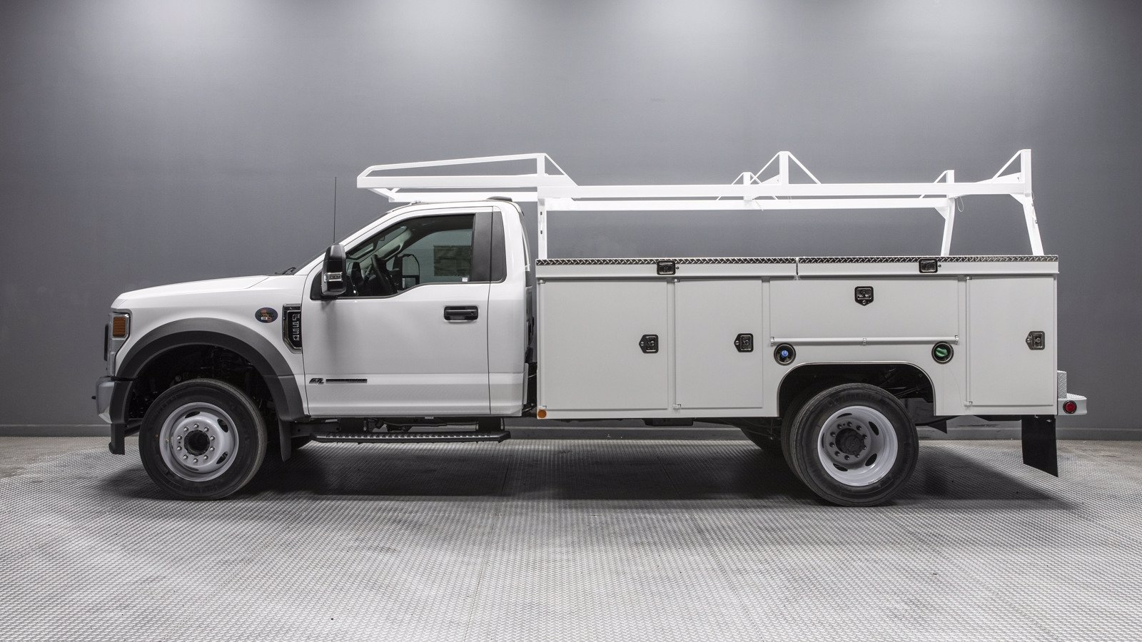 2020 Ford F-550 Regular Cab DRW RWD, Scelzi Service Body #02393 - photo 1