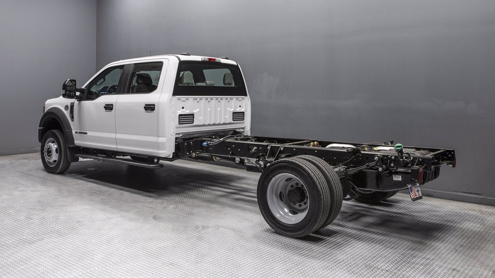 2020 Ford F-550 Crew Cab DRW RWD, Cab Chassis #02495 - photo 1