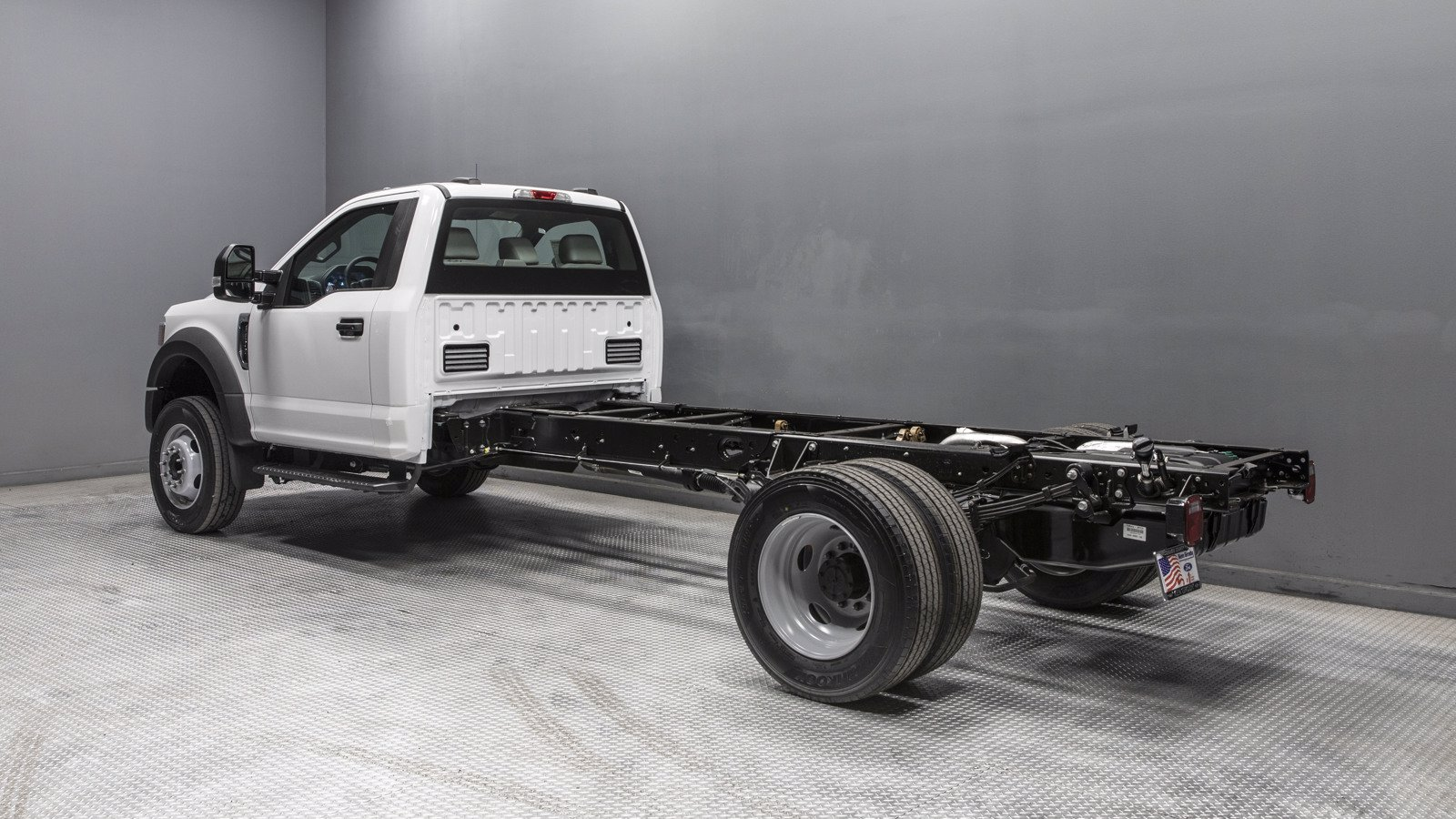 2020 Ford F-600 Regular Cab DRW 4x2, Cab Chassis #04145 - photo 1