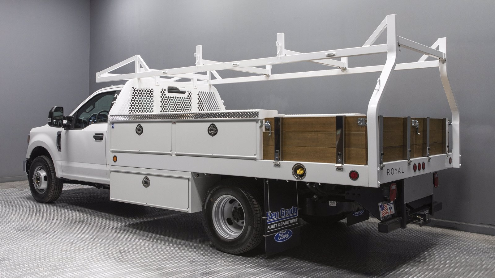 2020 Ford F-350 Regular Cab DRW 4x2, Royal Contractor Body #04625 - photo 1