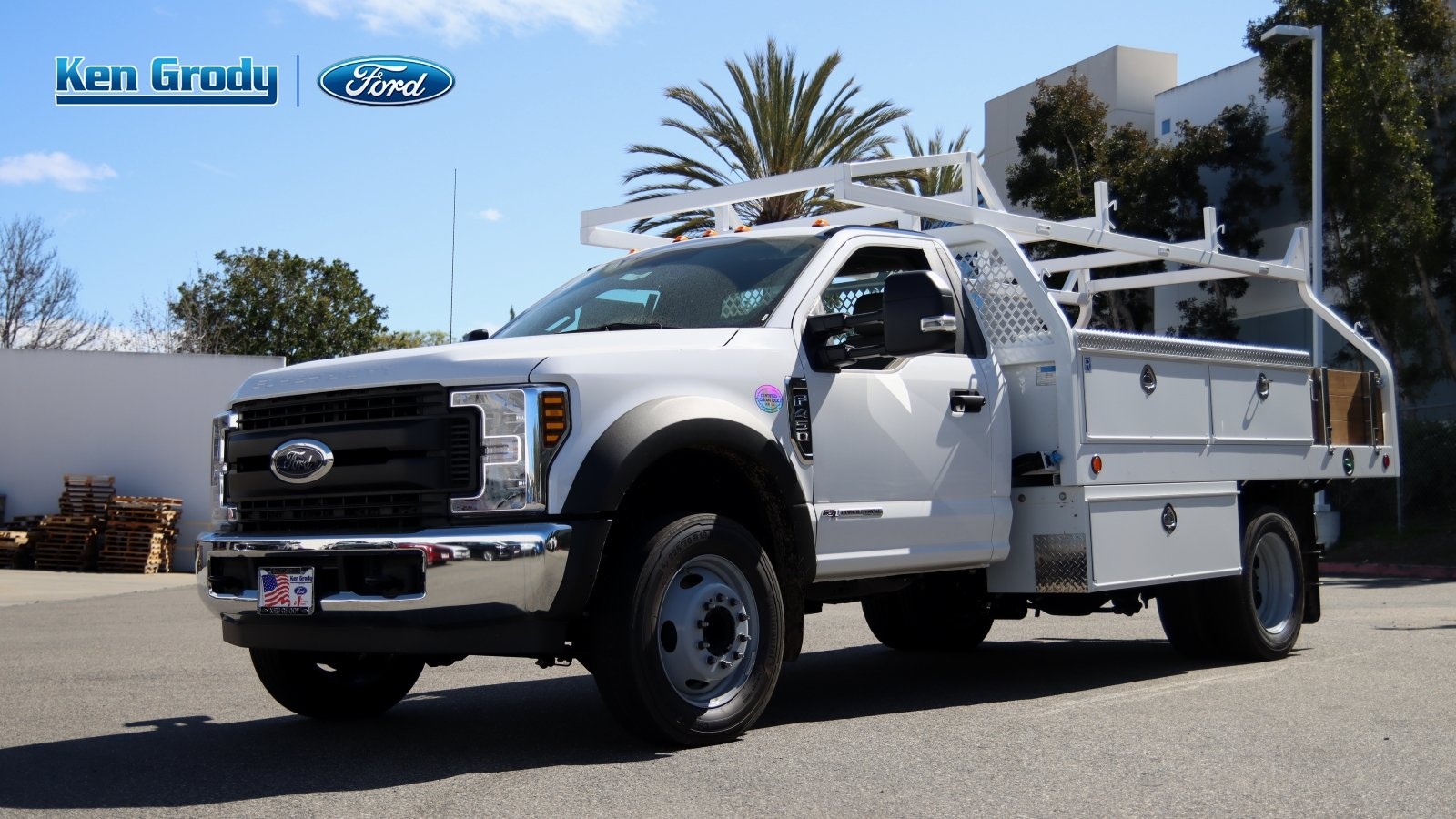 2019 Ford F-450 Regular Cab DRW 4x2, Royal Contractor Body #18409 - photo 1
