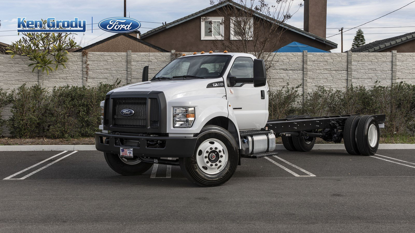 2021 Ford F-650 Regular Cab DRW 4x2, Cab Chassis #210009 - photo 1