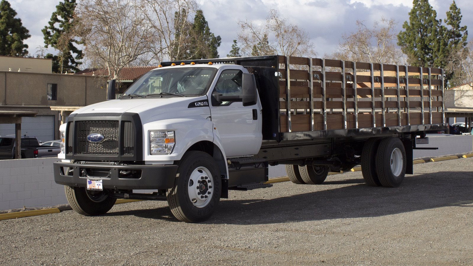 2021 Ford F-650 Regular Cab DRW 4x2, Harbor Stake Bed #210435 - photo 1