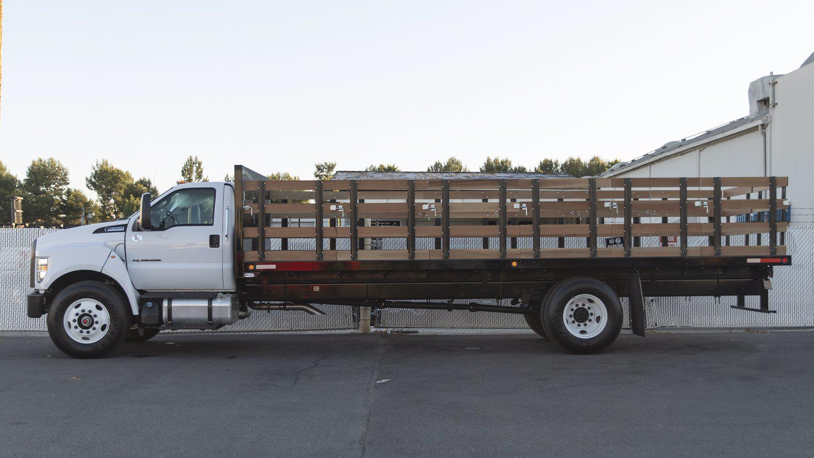 2022 Ford F-650 Regular Cab DRW 4x2, Enoven Stake Bed #220004 - photo 1