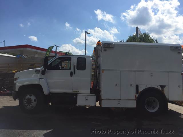 2006 GMC C6500 4x2, Service Utility Van #11992 - photo 1