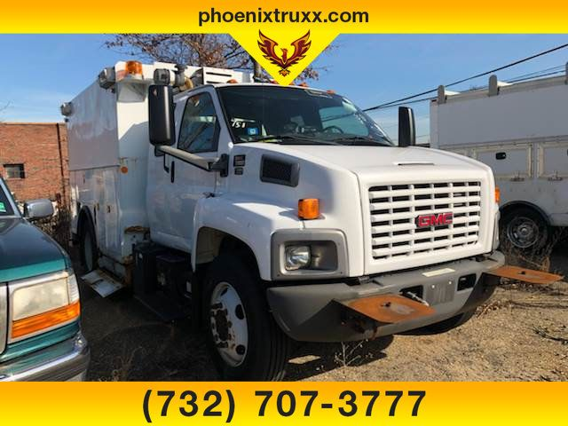 2005 GMC C6500 4x2, Service Utility Van #12214 - photo 1