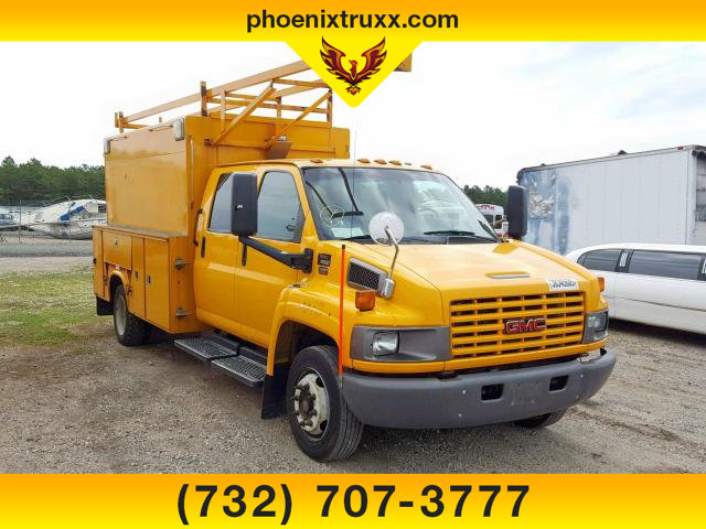 2009 GMC C4500 4x2, Service Utility Van #13316 - photo 1