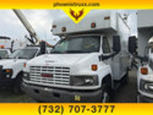 2009 GMC C5500 RWD, Dry Freight #13668 - photo 1