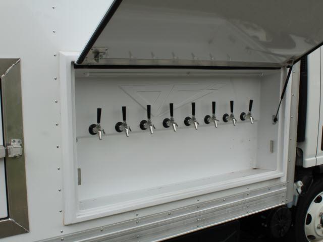 2020 Isuzu NRR Regular Cab 4x2, Supreme Kold King Refrigerated Body #IZ1535 - photo 12